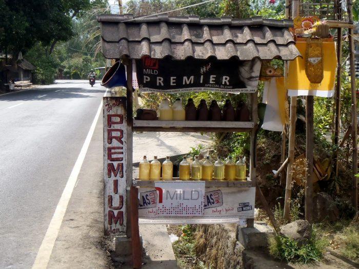 Combustível para Scooter em Bali, Indonésia