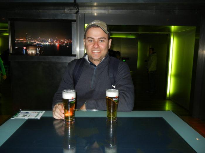 Bar no Heineken Experience em Amsterdã