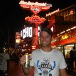 LAS VEGAS: Guitarra de Bebida e Cerveja de 1 Dólar!