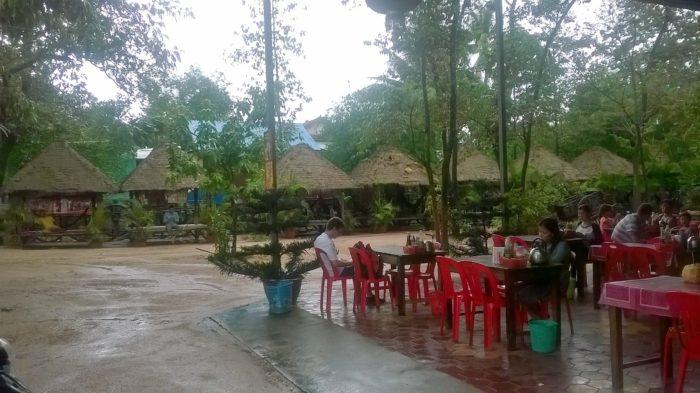 Parada no caminho para Siem Reap, Camboja