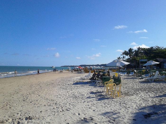 A Praia dos Coqueiros em Trancoso, na Bahia