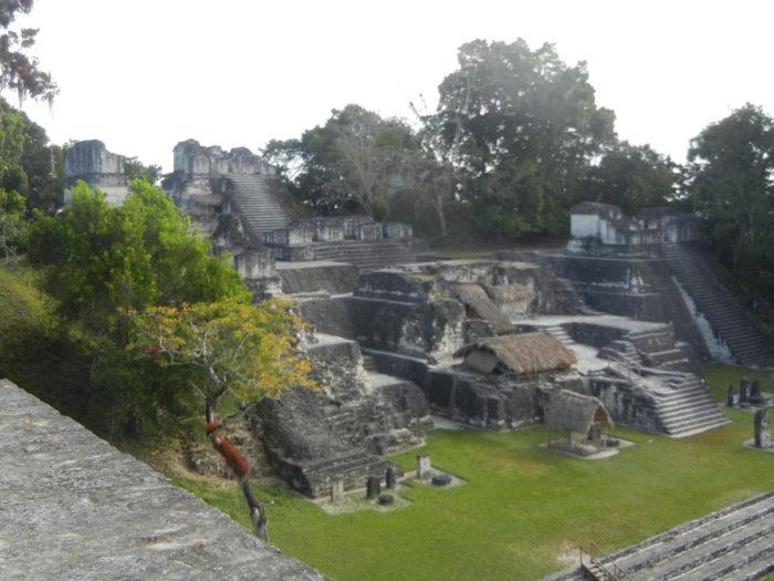 A Acrópole Norte de Tikal, na Guatemala