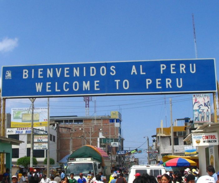 Fronteira entre Peru (Aguas Verdes) e Huaquillas (Equador)