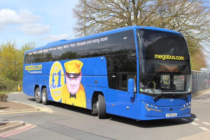 ônibus da Megabus na Europa