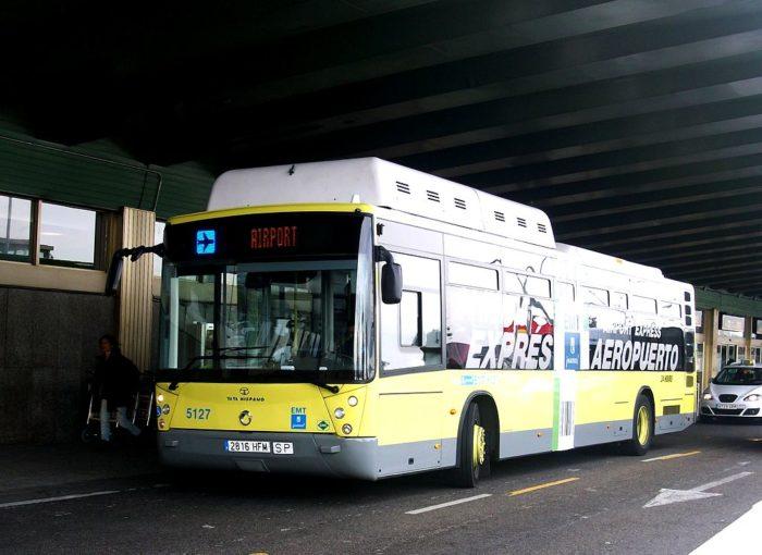 Ônibus que liga a Aeroporto de Barajas ao Centro de Madri