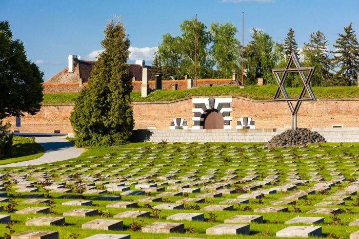 Retrato dos horrores ocorridos em Terezin, na República Tcheca